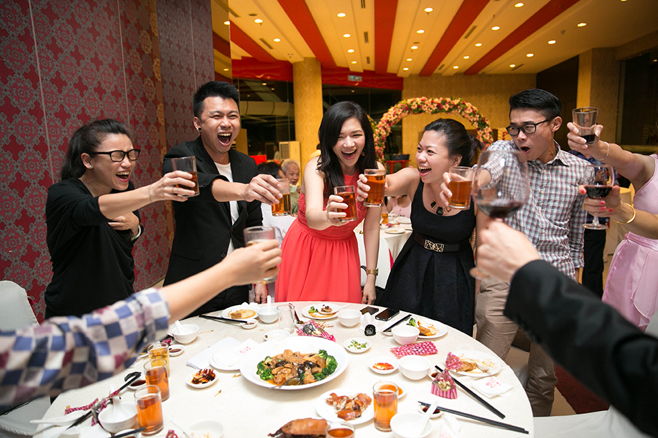 guest toasting with vary expression